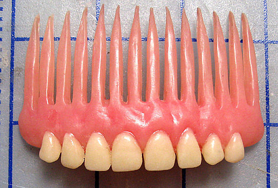 denture hair comb
