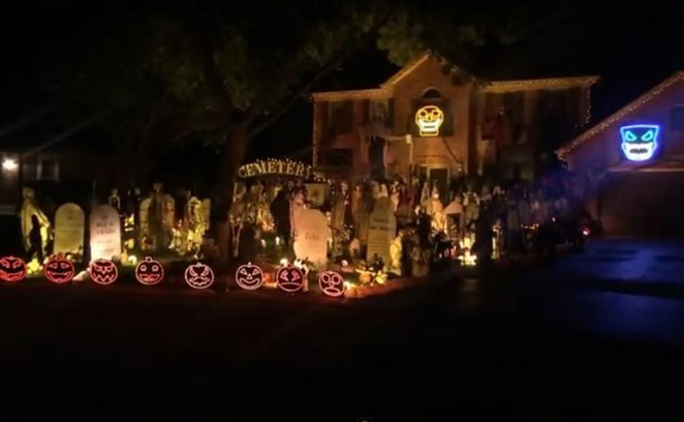 watch this epic halloween light show set to the music of fall out boy my songs know what you did in the dark